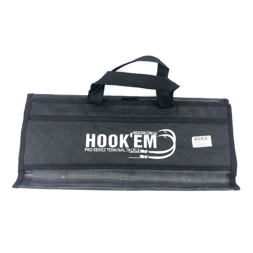Hook'em Deluxe Lure Pouch
